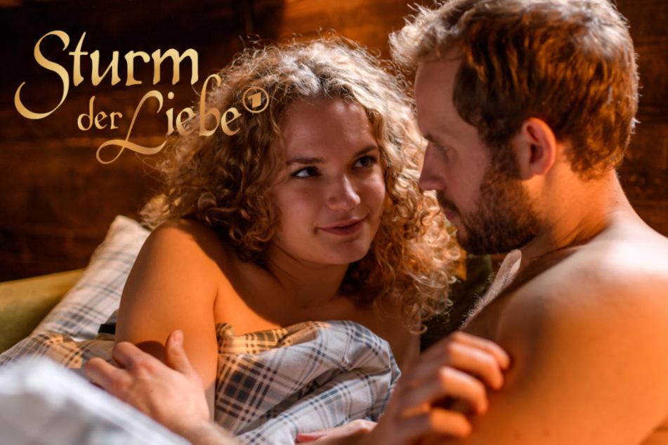 """""""Sturm der Liebe"""": Jetzt landen sie endlich im Bett - das sogar zu dritt"""
