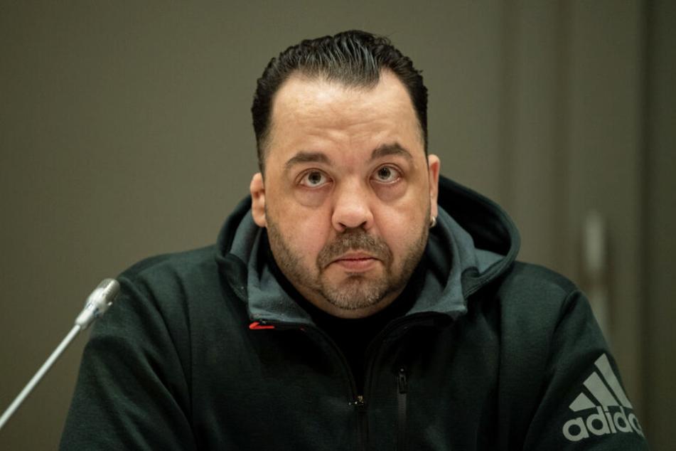 Niels Högel (55) steht wegen 100-fachen Mordes vor Gericht.