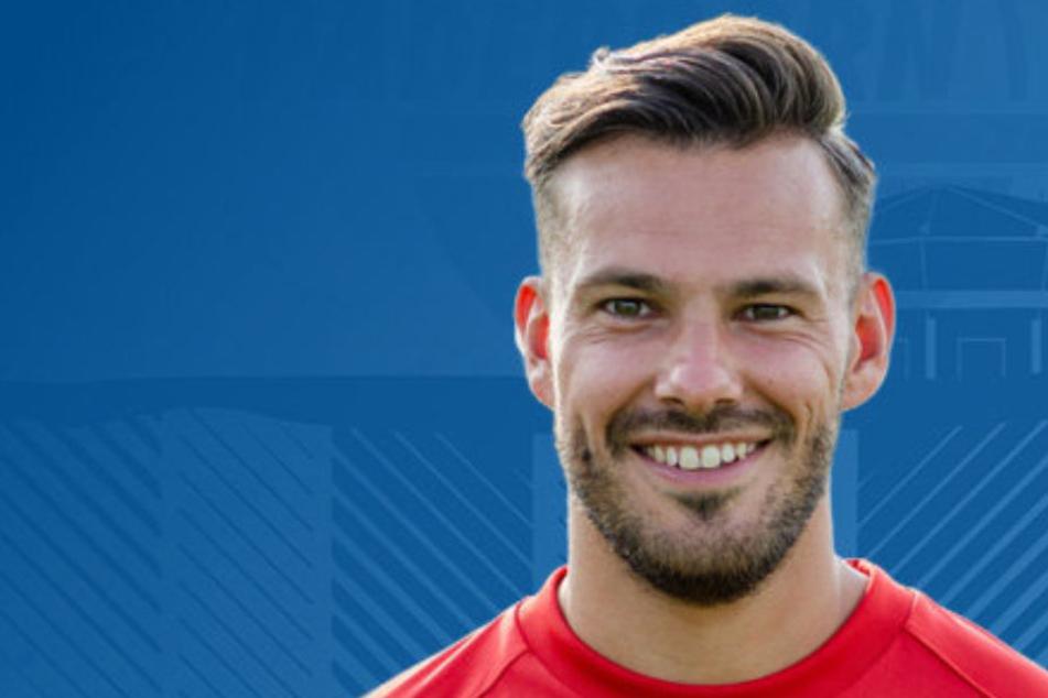 Demnächst wird Christopher John (30) den ehemaligen Paderborner Daniel Farke beraten.