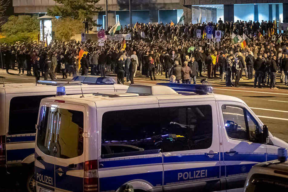 Chemnitz: Demos, Kundgebungen, Gedenken: So lief der 9. November in Chemnitz