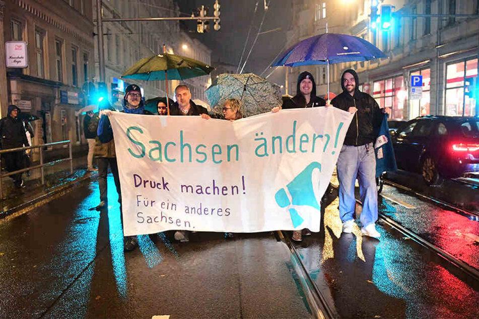 In Sachsen ist Jürgen Kasek vor allem für sein Engagement gegen Rechts im Rahmen zahlreicher Demonstrationen bekannt. In Hamburg beobachtete er das Geschehen nur.