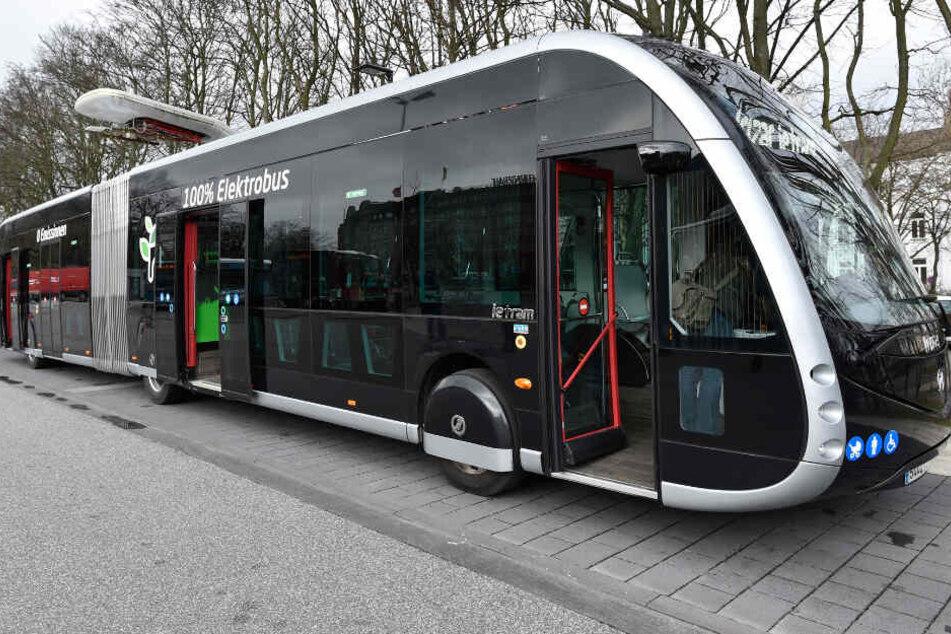 Deutsche Premiere! Rollt dieser spacige Bus bald durch Hamburg?