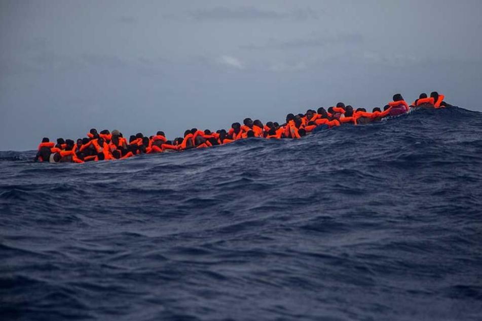 Nach wie vor kommen Tausende Flüchtlinge über das Mittelmeer nach Europa.
