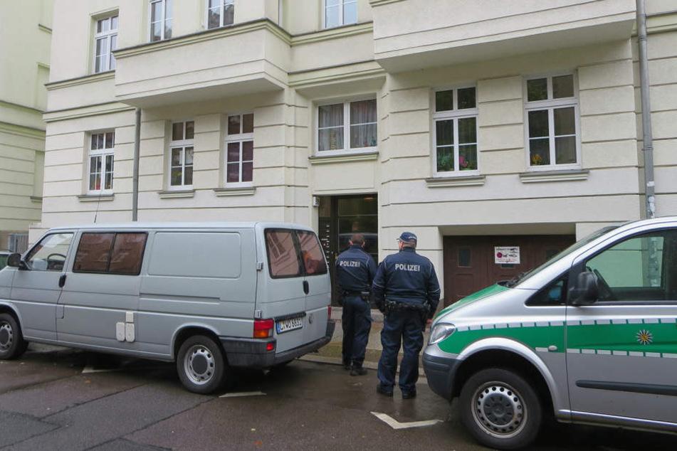 Der Tatort: In der Erdgeschoss-Wohnung dieses Leipziger Gründerzeithauses  wurde Monika C. ermordet.
