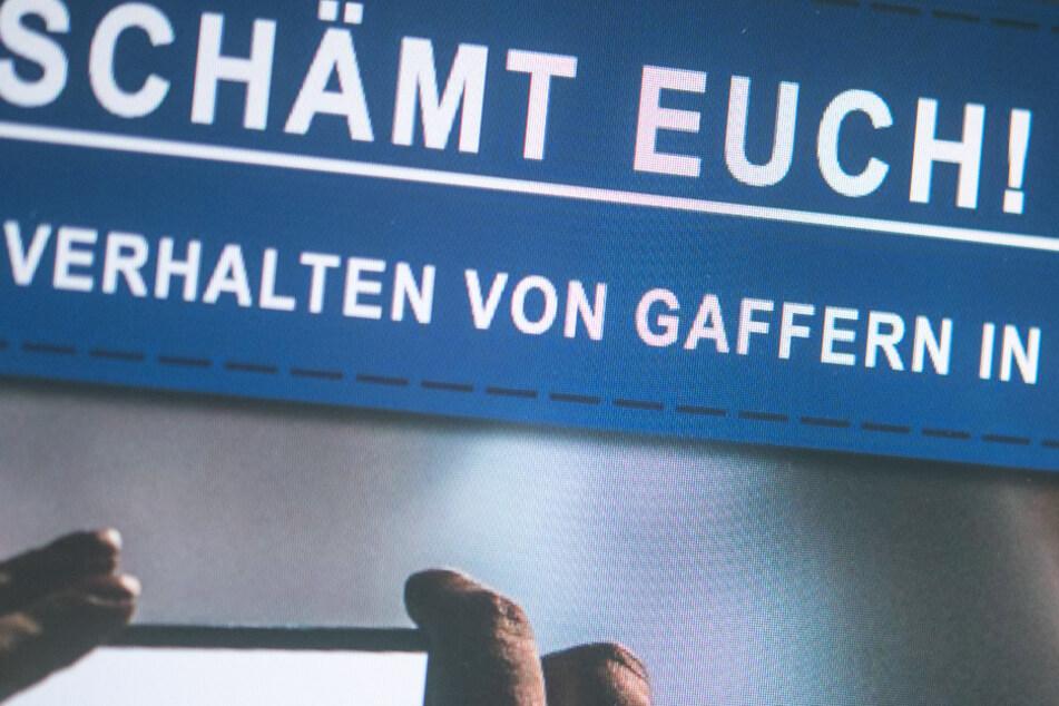 Gafferin filmt verletzten und weinenden Jungen statt zu helfen
