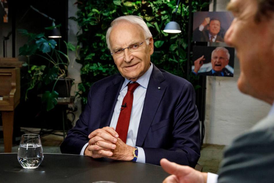 Edmund Stoiber verlor 2002 den Kampf um das Bundeskanzler-Amt nur äußerst knapp gegen Gerhard Schröder.