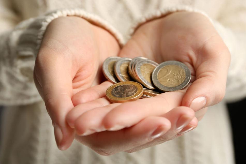 Spenden helfen den Menschen ihr eigenen Wohlergeben bewusst wahrzunehmen. (Symbolbild)