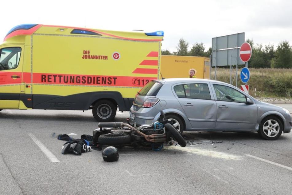 Der Yamaha-Fahrer (37) wurde von seiner Maschine geschleudert und schwer verletzt.
