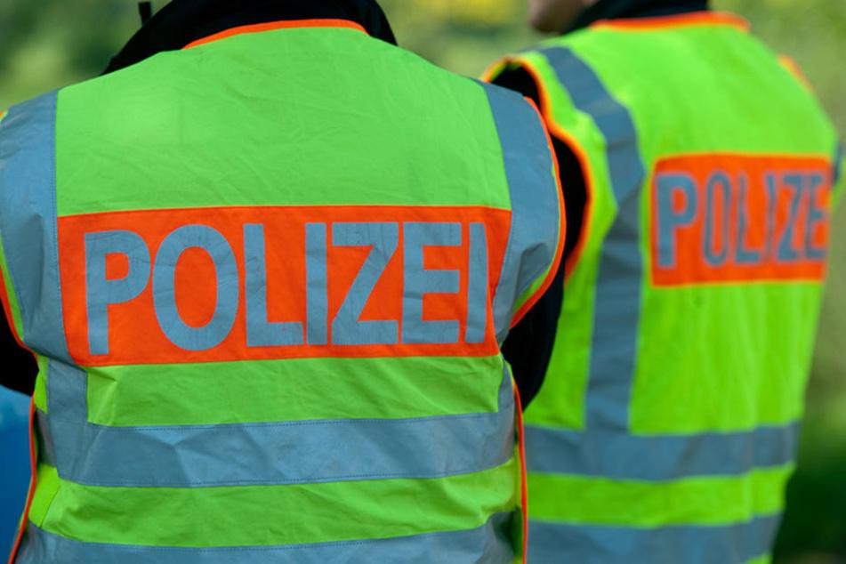 Durch ein Ausweichmanöver konnte der Polizeimeister einen Zusammenstoß verhindern. (Symbolbild)