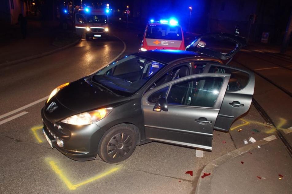Die 12-jährige Beifahrerin erlitt einen Schock und wurde ins Krankenhaus gebracht.