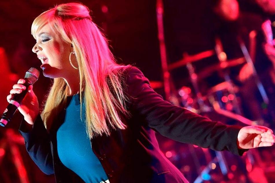 Blitzheilung bei Popstar Jasmin Graf: Sie kann wieder singen