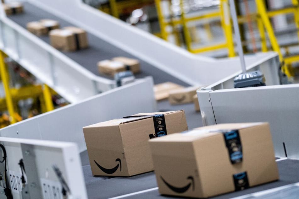 Verschickt DHL Pakete von Amazon schneller? Die Post widerspricht!
