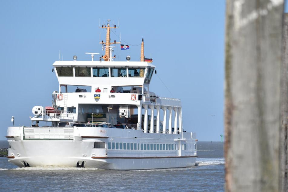 Insgesamt zwei Fähren wurden durchsucht (Symbolfoto).