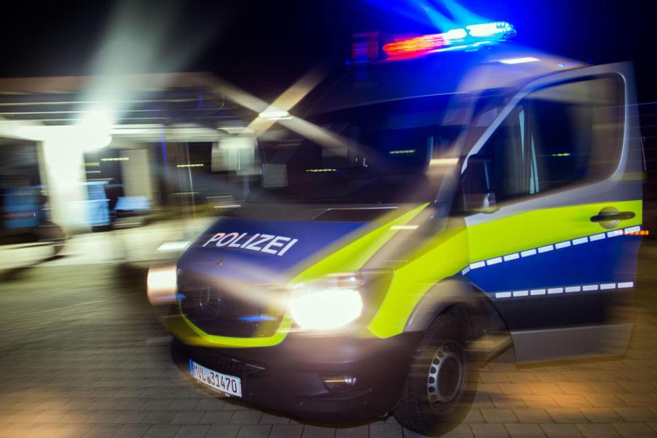 In Coswig hat es am Abend einen bewaffneten Raubüberfall gegeben.
