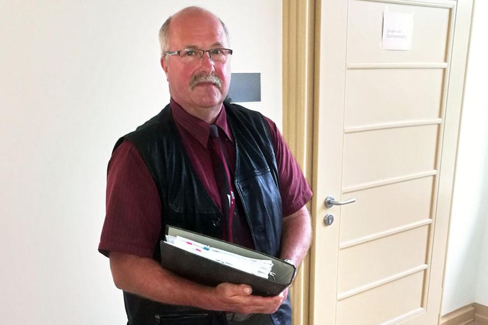 Hans-Jürgen Gerlach (59), Chef der Agrozuchtfarm Breitenau, hatte Angst um die Zukunft seiner Mitarbeiter.