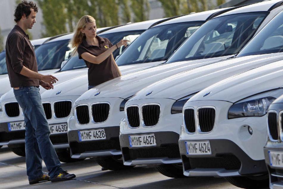 Die deutschen BMW-Händler drohen dem Konzern mit einem Verkaufsstopp. (Symbolbild)