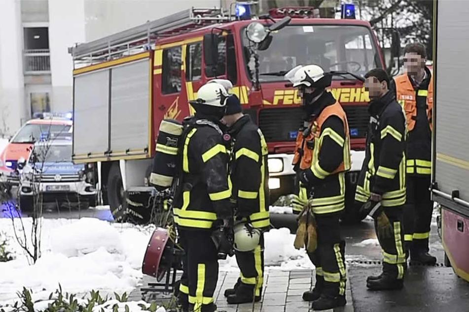 Ein Großaufgebot von Feuerwehr- und Rettungskräften war im Einsatz.