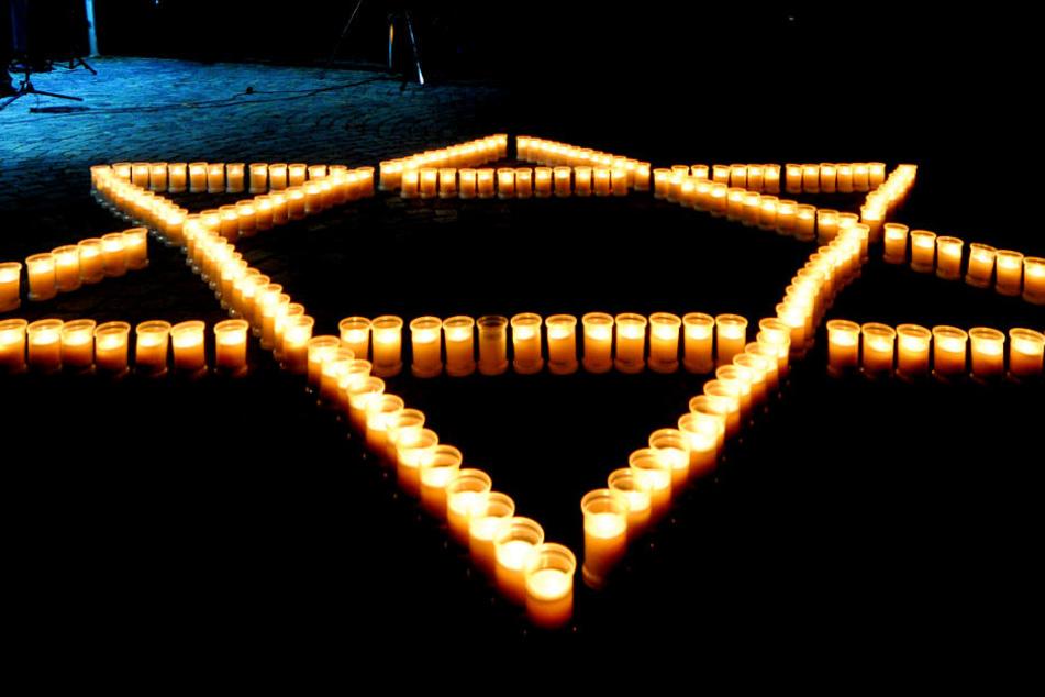 Zum 80. Jahrestag: Gedenkstunde für Pogromnacht der Nazis in Berlin