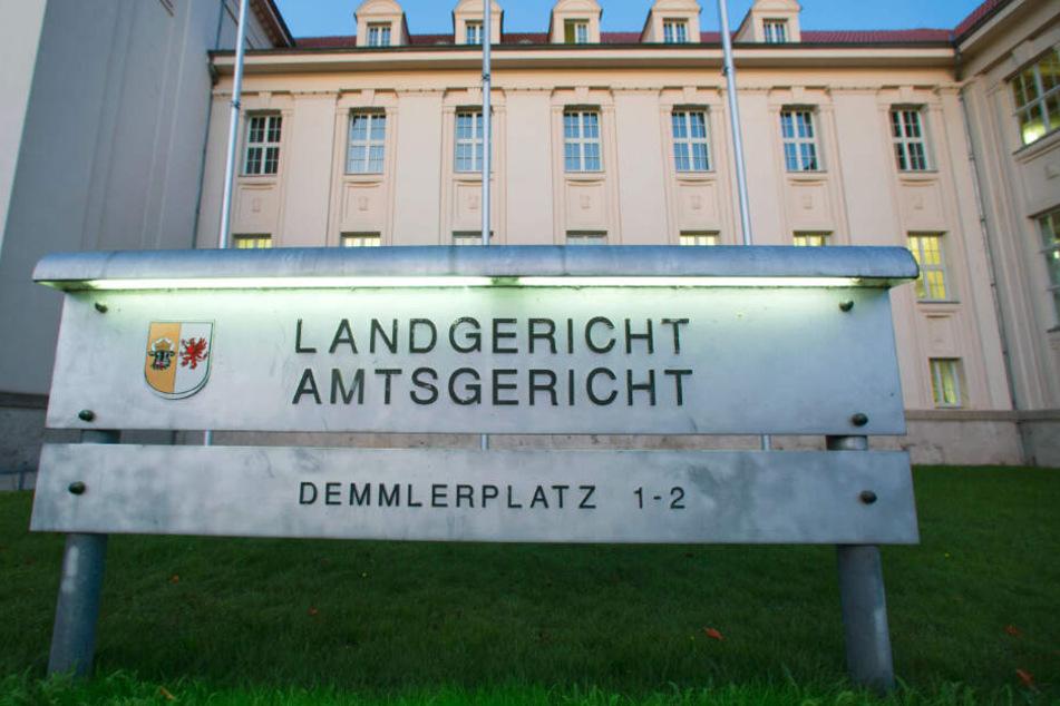 Der Fall wird vor dem Landgericht Schwerin verhandelt.