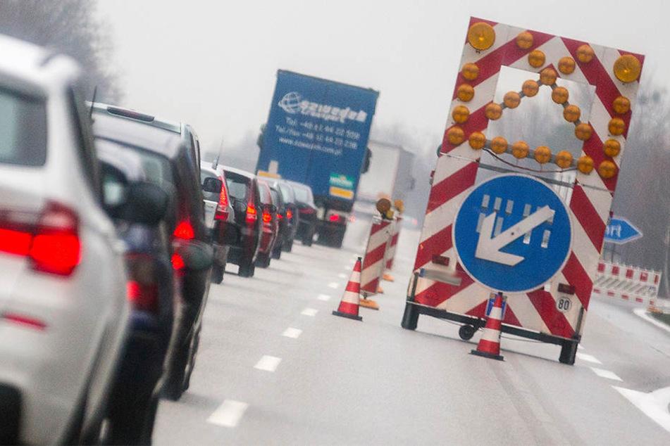 Die Ausfahrt der A33 auf den Ostwestfalendamm wird Samstag und Sonntag gesperrt. (Symbolbild)