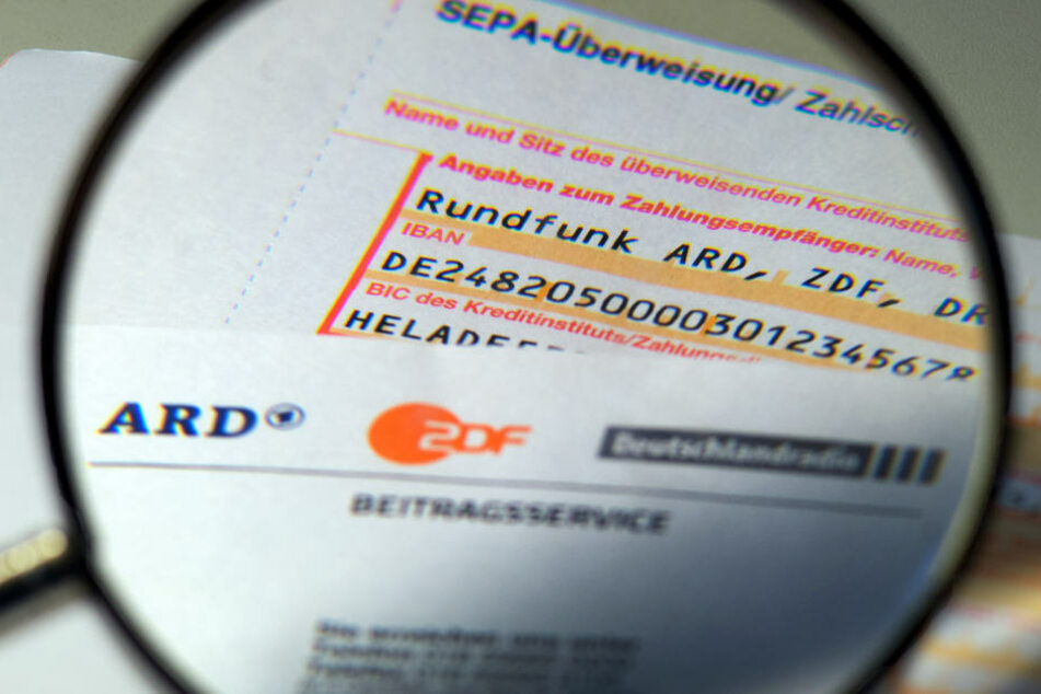 Üppige Gehälter, teure Shows: Dafür verprassen ARD und ZDF die Rundfunkgebühren
