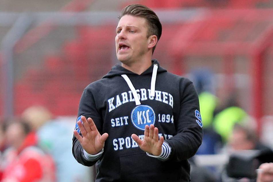 """Lukas Kwasniok führte die """"U19"""" des KSC auf einen fünften Platz in der Bundesliga. Jetzt soll er Aue übernehmen."""