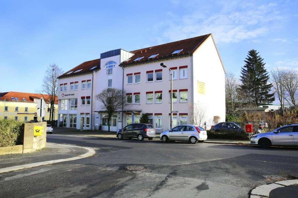 Die Filiale in Radeberg schließt. Sie betreute zuletzt nur noch 272 Menschen ohne Job.