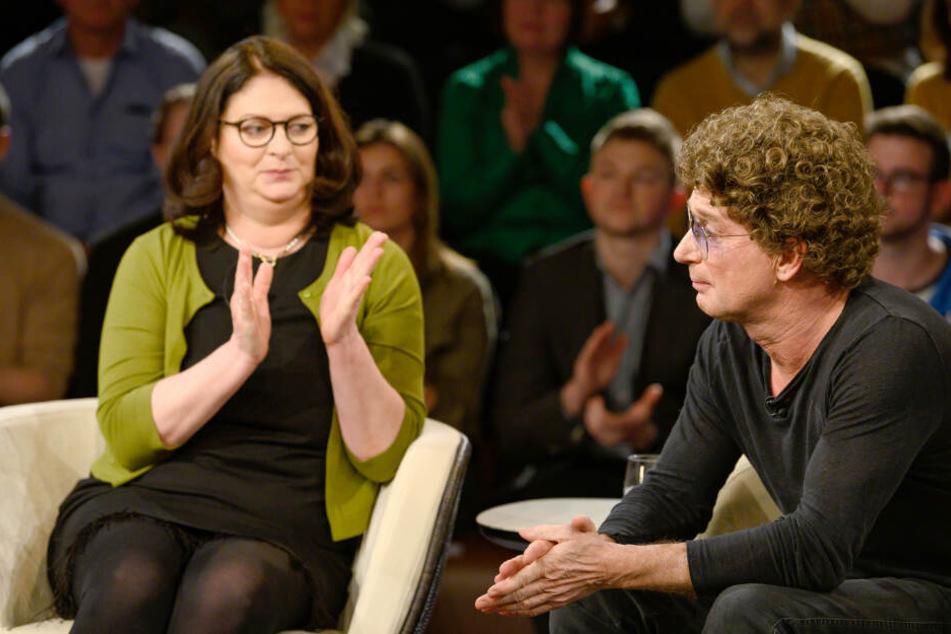 Atze Schröder erhielt für seine Geste Applaus, auch von Szepesis Tochter Anita Schwarz.