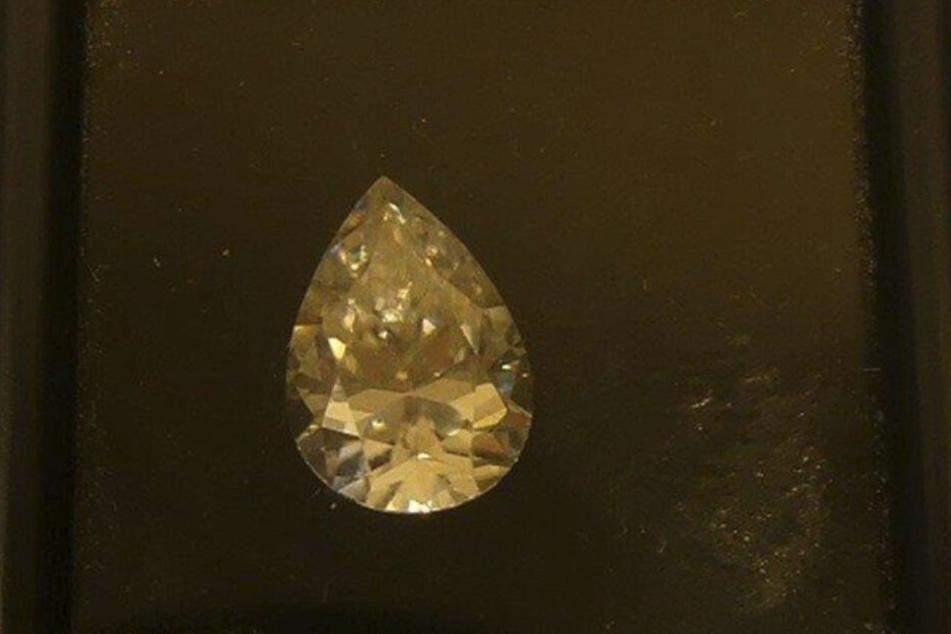 Diesen Diamanten hatte ein Inder (34) in seinem Gepäck.
