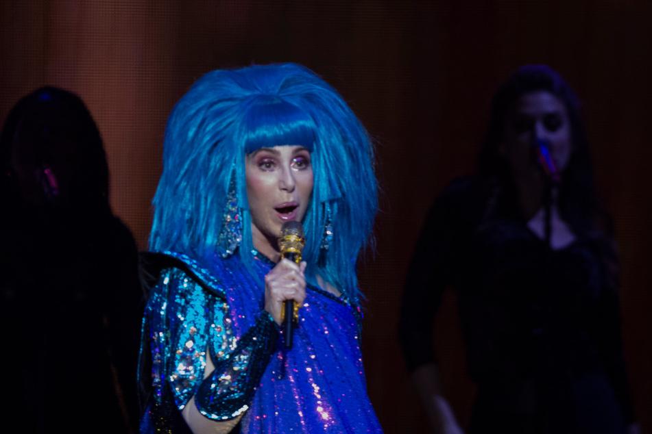 """Cher singt am 26. September 2019 zum Auftakt ihrer """"Here we go again tour"""" in der Mercedes Benz Arena in Berlin."""