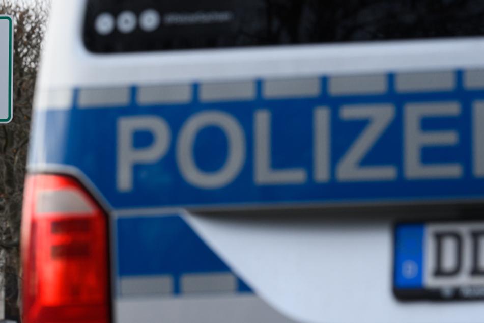 Streit am Bahnhofsvorplatz in Coswig eskaliert: 18-Jähriger schwer verletzt!