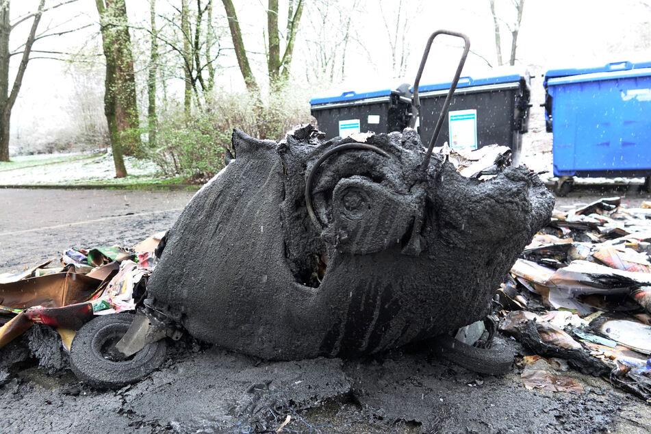 Chemnitz: Serie reißt nicht ab: Wieder Mülltonnen-Brände in Chemnitz