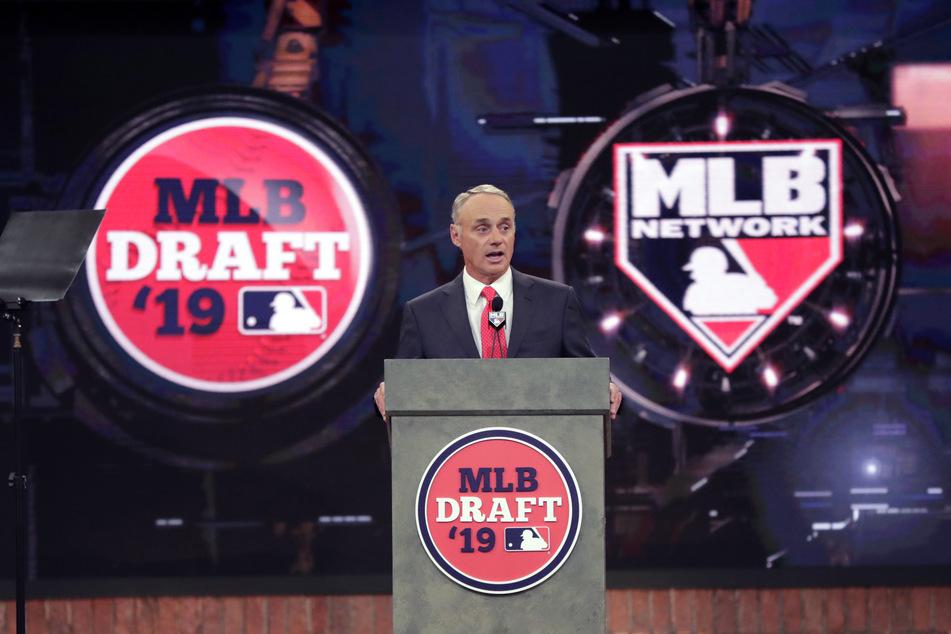 Rob Manfred, Kommissar der Major League Baseball, während der ersten Runde der MLB Draft 2019 in Secaucus.