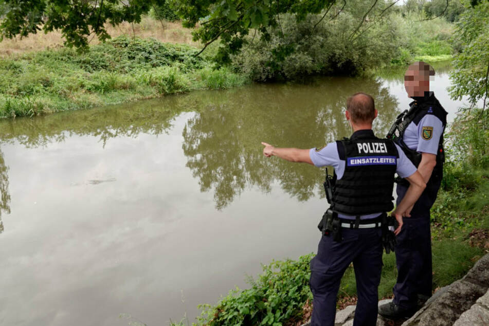 Badeunfall? Polizei findet Mann tot in der Mulde