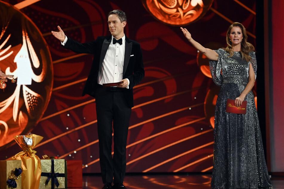Wie schon im vergangenen Jahr werden Mareile Höppner (44) und Sven Lorig (49) gemeinsam die Show moderieren.