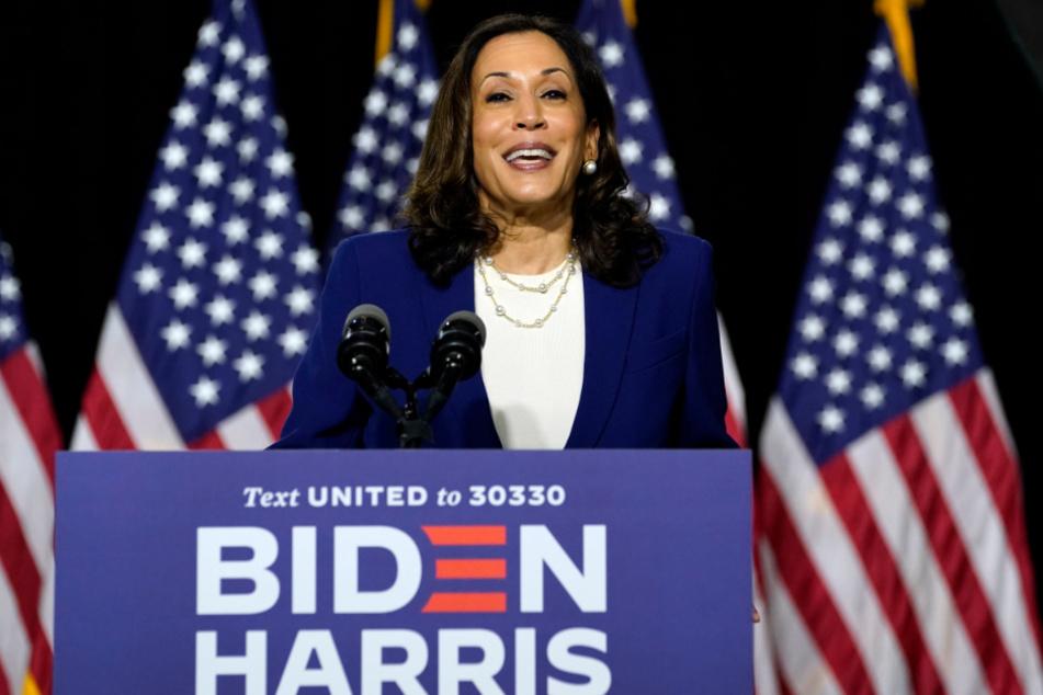 Wilmington: Kamala Harris, demokratische Senatorin von Kalifornien und Vize-Präsidentschaftsbewerberin der Demokraten für die Präsidentschaftswahlen 2020, redet während einer Pressekonferenz.