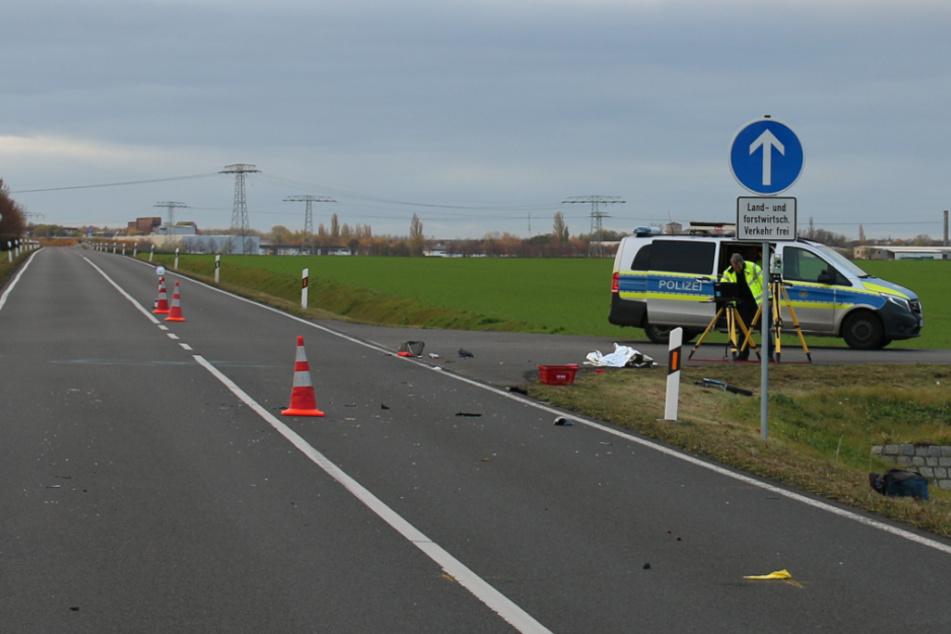Nach einem Unfall auf der Straße An den Windmühlen bei Markranstädt musste diese aufgrund von Splittern und im Zuge der Unfallaufnahme gesperrt werden.