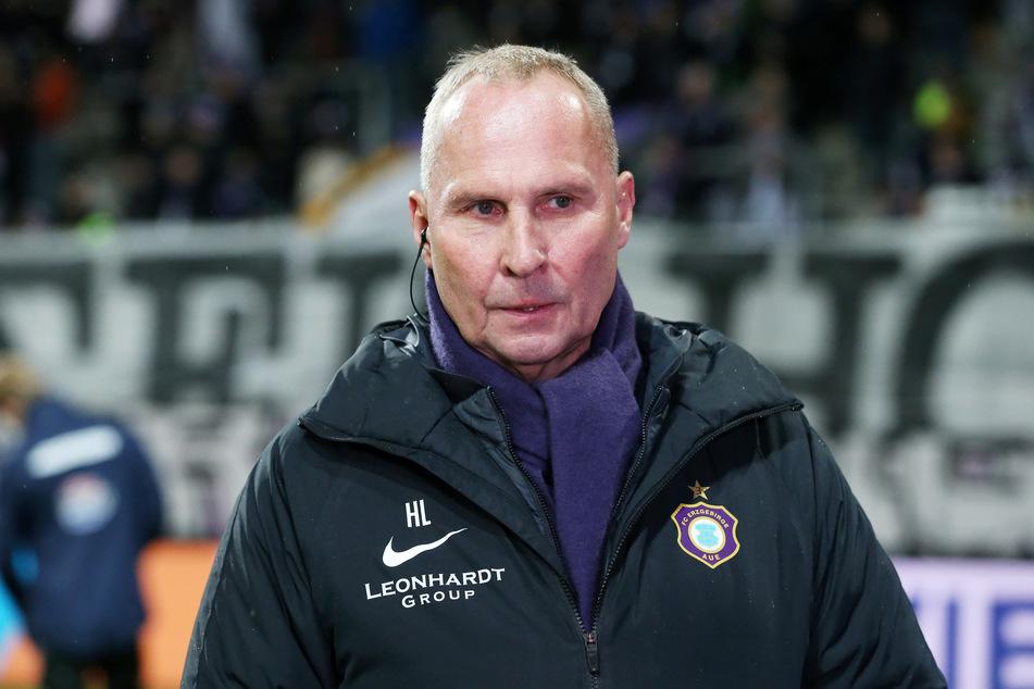 """Clubchef Helge Leonhardt ruft für den FC Erzgebirge die """"Alarmstufe Rot"""" aus (Archivbild)."""