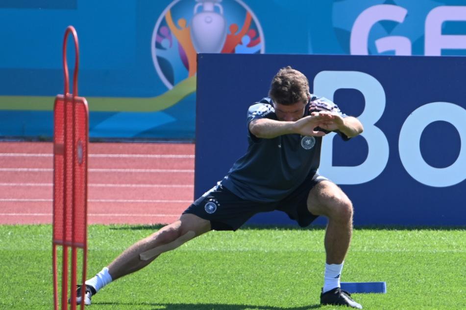 Thomas Müller steigt am Montag ins Mannschaftstraining beim FC Bayern ein.