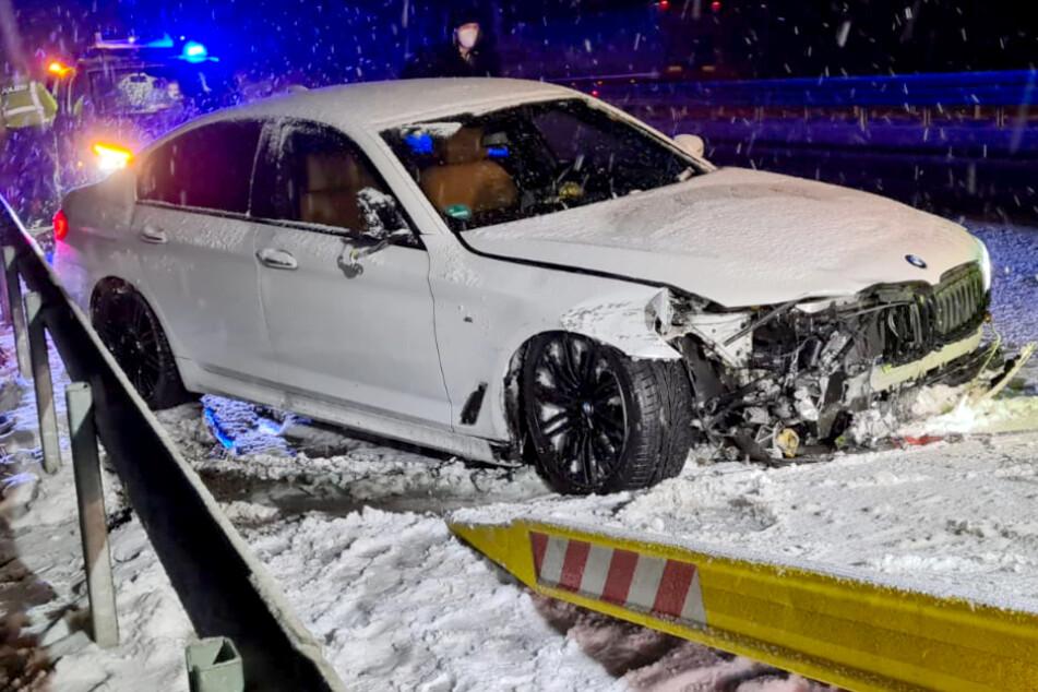 Unfall A2: Schnee und Glätte: In Berlin und Brandenburg kracht es gleich mehrfach!
