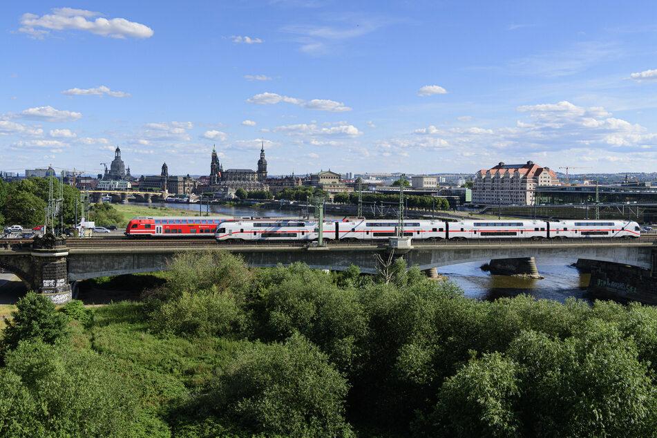 Von Dresden (Foto) nach Prag in nur einer Stunde - ein Tunnel soll es möglich machen.