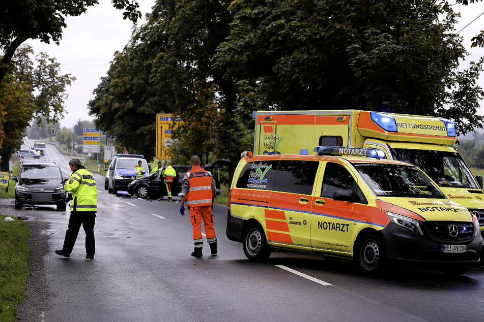 Krankenwagen, Notarzt und Polizei waren vor Ort.