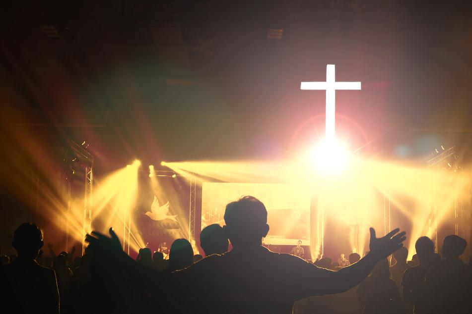 Glaube an Gott verloren: Frontmann verlässt seine Rock-Band