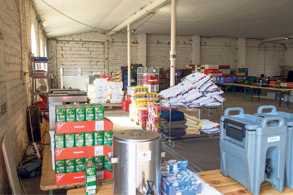 In Klingewalde hat das DRK einen Stützpunkt eingerichtet, wo unter anderem Essen gekocht wird und die Hilfskräfte Pause machen können.