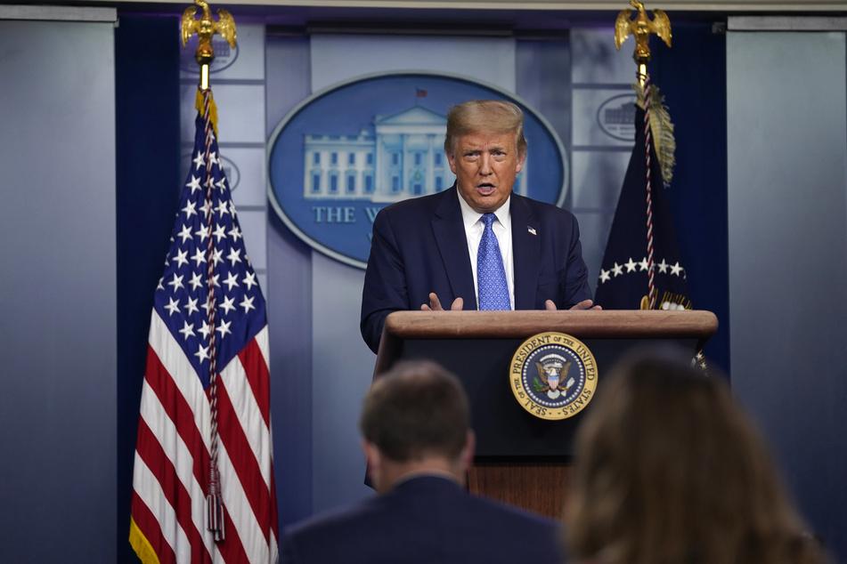 Donald Trump, Präsident der USA, spricht während einer Pressekonferenz im Weißen Haus.