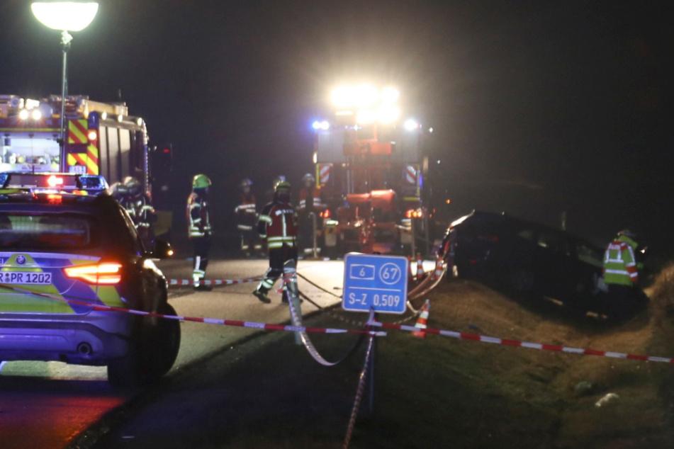 Tragödie auf A6: Auto schleudert in Unfallstelle, ein Polizist in Klinik gestorben