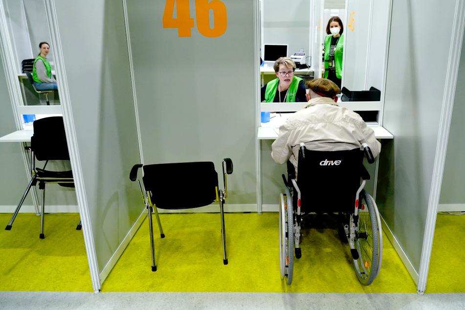 Impfstoff-Mangel! Berlin schließt zwei Impfzentren