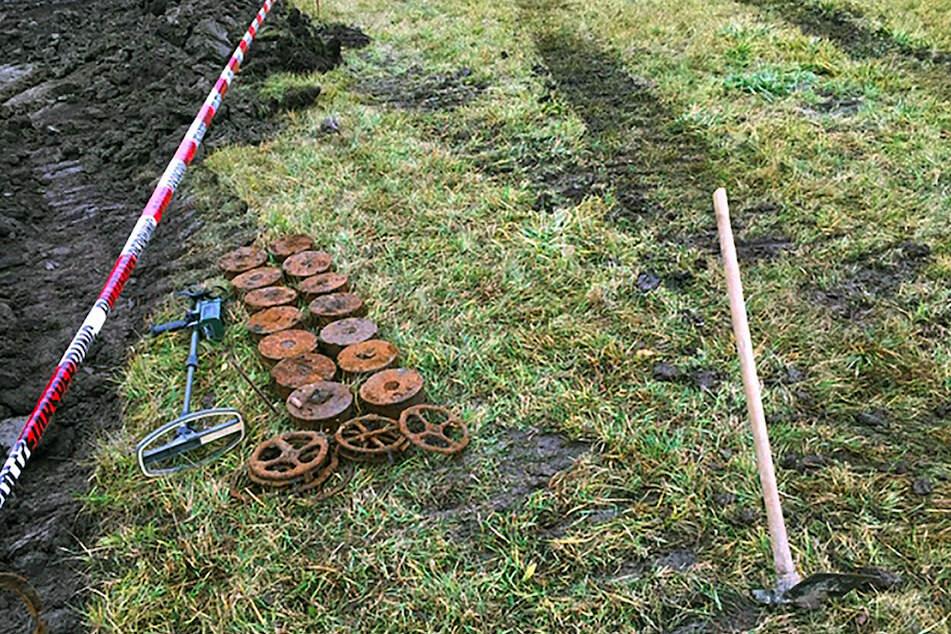 14 Panzerminen in Oberfranken entdeckt: Planierraupenführer überlebt wie durch ein Wunder