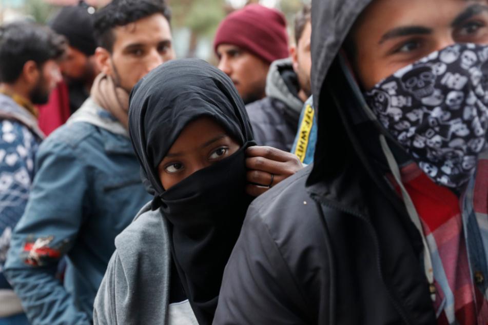 Migrationskrise: Land will Flüchtlinge aufnehmen, AfD schießt dagegen