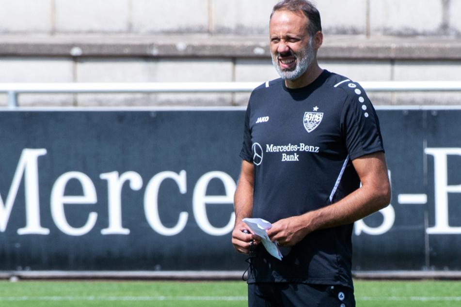 VfB-Coach Pellegrino Matarazzo (43) muss darauf schauen, wie er das Verletzungsproblem im Sturm kompensiert.